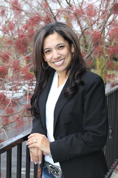 Serena, Financial Coordinator